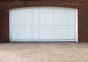Should you invest money into garage doors